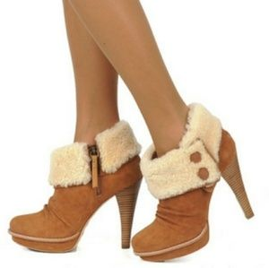New Ugg Georgette heeled booties